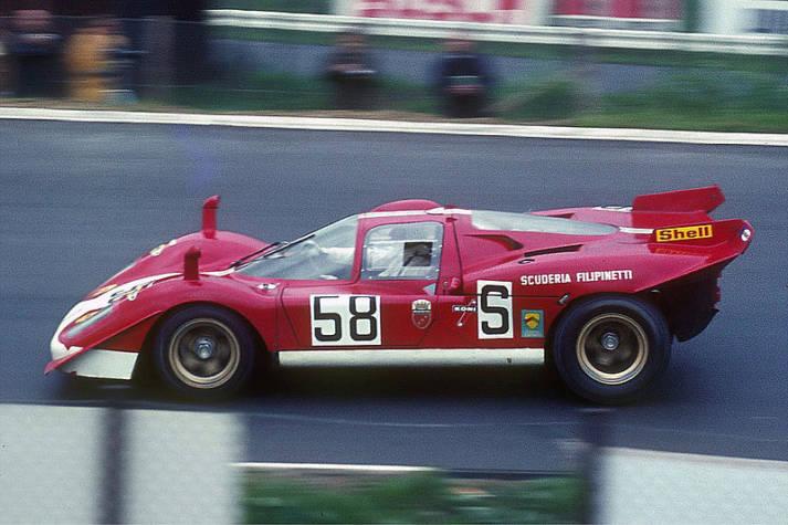 Ferrari Ferrari bei einem Autorennen |  Bild: © Lothar Spurzem [CC BY-SA 2.0 DE]  - Wikimedia Commons