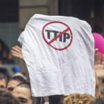 Stop TTIP Stop TTIP | Bild (Ausschnitt): © Barcelona En Comú [CC BY-SA 2.0] - Wikimedia Commons