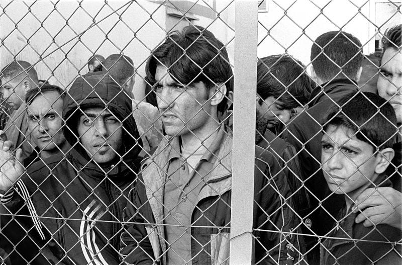 Flüchtlinge in einem Inhaftierungszentrum