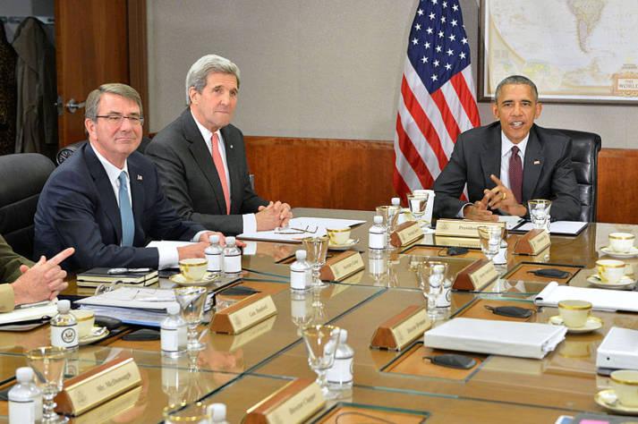 Barack Obama John Kerry Besprechung des Nationales Sicherheitsrates zur Lage in Syrien |  Bild: © U.S. Department of State [Public domain]  - Wikimedia Commons
