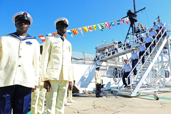 Nigerian Navy and US Coast Guard    Bild: © Coast Guard News [CC BY-NC-ND 2.0]  - Flickr