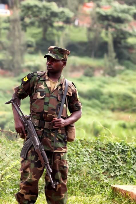 Soldat im Kongo  Bild: © Boggy - Dreamstime.com