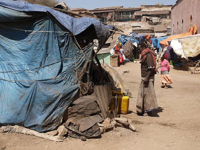Flüchtlingslager Flüchtlingslager  |  Bild: ©  Stefan Gara [CC BY-NC-ND 2.0]  - flickr