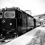 Zugstation im Schnee Zugstation im Schnee | Bild (Ausschnitt): © Johanna Lundin [CC BY-ND 2.0] - flickr