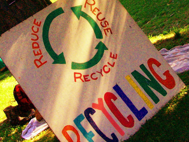Recycling  Bild: ©  Andy Arthur [CC BY 2.0]  - flickr
