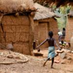 Kind in Burkina Faso | Bild (Ausschnitt): © Eric Montfort [CC BY-NC-ND 2.0] - Flickr