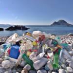 Der Müllberg der Welt wächst jährlich immer weiter an. | Bild (Ausschnitt): © Bo Eide [CC BY-NC-ND 2.0] - Flickr