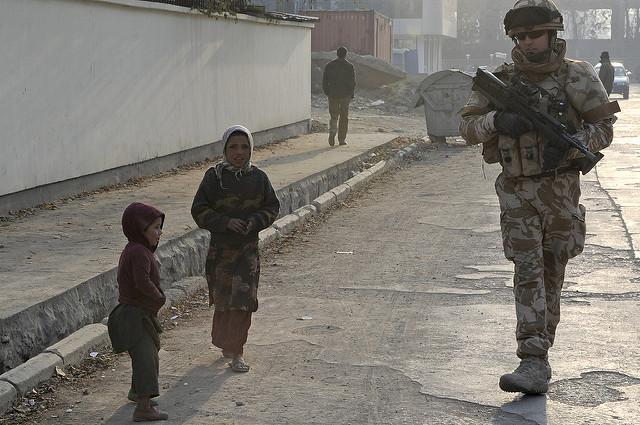 Englischer Soldat in Kabul