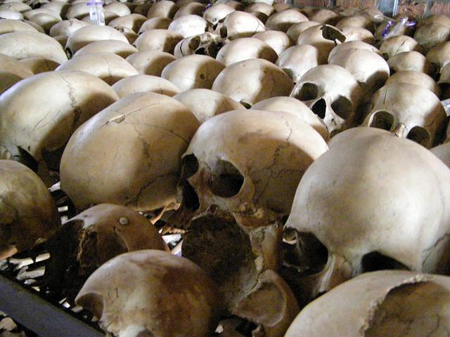 Genozid in Ruanda 1994 1994 wurden in Ruanda systematisch bis zu 1 Million Menschen abgeschlachtet. |  Bild: © configmanager [CC BY 2.0]  - Flickr