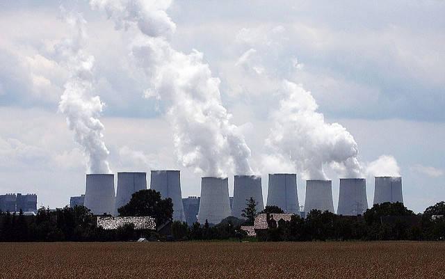 Kohlekraftwerk Kohlekraftwerk Jänschwalde im Südosten Brandenburgs.    Bild: © blackpictures [CC BY-NC-ND 2.0]  - Flickr