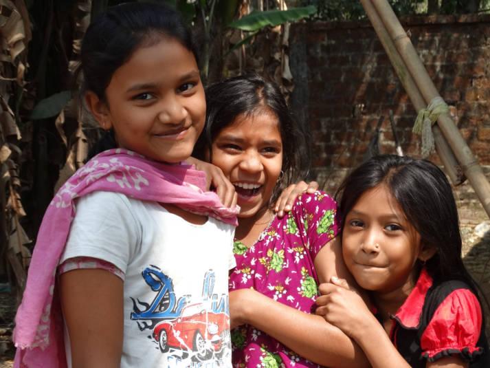 Welt-Mädchentag In Südasien, Lateinamerika und Afrika sind Mädchen Benachteiligungen und häufig auch Gewalt ausgesetzt. | Bild: © Adam Jones [CC BY-SA 2.0]  - flickr