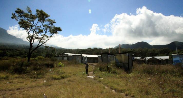 Gefllüchtete in Guatemala Bei den Landkämpfen und Vertreibungen handelt es sich nicht um Einzelfälle – sie ziehen sich seit langem durch die Geschichte der indigenen Völker in Guatemala.  |  Bild: © IM Swedish Development Partner  [CC BY-NC-ND 2.0]  - Flickr