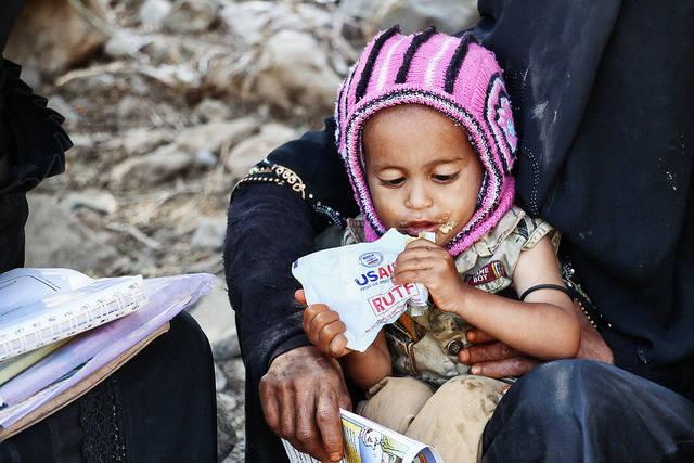 Scheinheilige Hilfe Scheinheilige US-Hilfe im Jemen: Die USA und andere westliche Mächte befeuern mit der Unterstützung Saudi-Arabiens den Konflikt. |  Bild: ©  USAID U.S. Agency for International Development [CC BY-NC 2.0]  - Flickr
