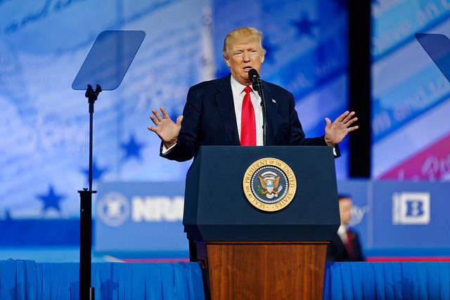 Trump Speech Führende Staatenlenker grenzen laut Amnesty Minderheiten aus    Bild: © Michael Vadon [CC BY 2.0]  - Flickr