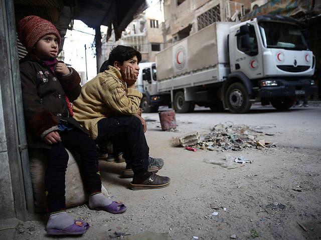 Die AfD-Berichte verharmlosen die Lage der Zivilbevölkerung in den Kampfzonen. | Bild: © Bassam Khabieh / Reuters (Mirades ARA) [CC BY 2.0]  - Flickr