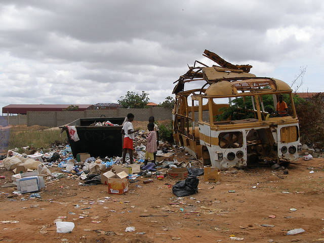 Afrika gilt als einer der ärmsten Kontinente der Welt |  Bild: ©  wilsonbentos [CC BY-NC-ND 2.0]  - flickr