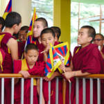 Tibetische Mönche | Bild (Ausschnitt): © Kristian Niemi [CC BY-NC-ND 2.0] - Flickr.com