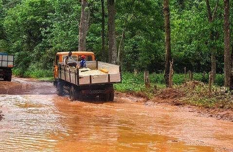 Sierra Leone Immer häufiger haben Fluten in Sierra Leone kathastrophale Ausmaße |  Bild: ©  jbdodane [CC BY-NC 2.0]  - flickr