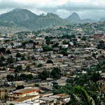 Yaoundé - Hauptstadt von Kamerun | Bild (Ausschnitt): © alvise forcellini [CC BY-NC 2.0] - flickr