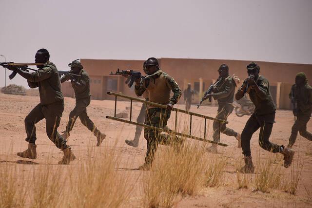 Trining in Westafrika    Bild: © USAFRICOM [CC BY 2.0]  - flickr