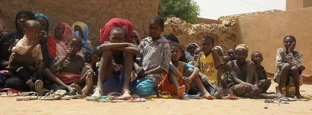 Immer öfter sind die Angreifer die eigenen Nachbarn Menschen in Mali fliehen vor der Gewalt: Immer öfter sind die Angreifer die eigenen Nachbarn |  Bild: © EU Civil Protection and Humanitarian Aid Operations [CC BY-SA 2.0]  - Flickr