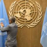 Die Flaggen der UNO werden für eine Vollversammlung hergerichtet | Bild (Ausschnitt): © United Nations Photo [CC BY-NC-ND 2.0] - flickr