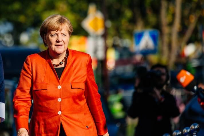 2015 wünschte sich Syriens Diktator Baschar al-Assad Angela Merkel als Vermittlerin im Syrienkonflikt - doch Merkel zeigte kaum Interesse |  Bild: © EU2017EE Estonian Presidency [CC BY 2.0 ]  - flickr