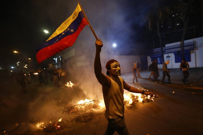 Vor allem in der ersten Hälfte des vergangenen Jahres kam es in Venezuela zu heftigen Protesten gegen die Regierung     Bild: ©  DJANDYW.COM AKA NOBODY [CC BY-SA 2.0]  - flickr