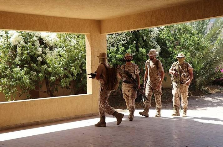 In Libyen tobt ein bewaffneter Konflikt zwischen der Einheitsregierung in Tripolis und den Truppen des General Chalifa Haftar    Bild: © Wikimedia Commons [public domain]  - VOA