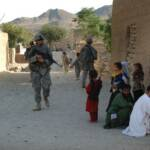 US-Soldaten in Afghanistan | Bild (Ausschnitt): © The U.S. Army [CC BY 2.0] - Flickr