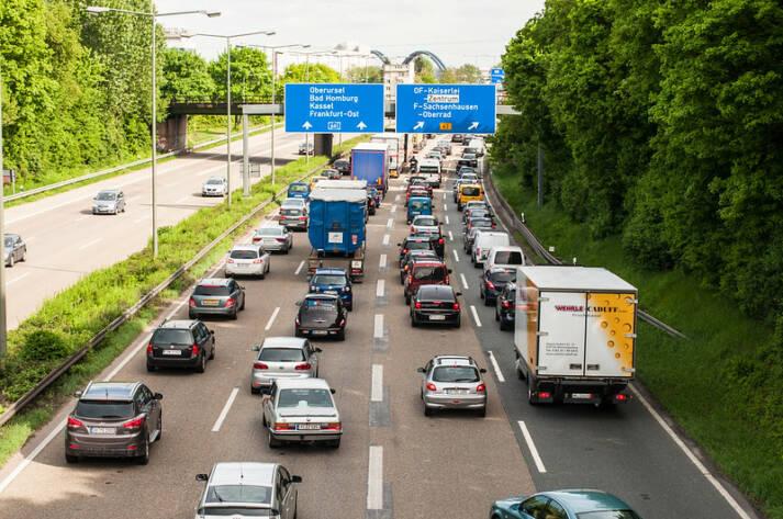 Stau auf deutschen Autobahnen    Bild: © Markus Tacker [CC BY-ND 2.0]  - Flickr