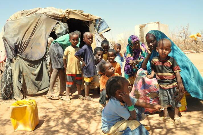 Binnenvertriebene in Somalia Binnenflüchtlinge in Somalia: Fast 20 Prozent der somalischen Bevölkerung ist auf der Flucht vor der Dürre, bewaffneten Konflikten und Drohnenangriffen |  Bild: © Oxfam East Africa [CC BY 2.0]  - flickr