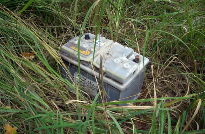 Autobatterie Bleirecycling aus alten Autobatterien gefährdet Umwelt und Menschen im globalen Süden |  Bild: © David Kirsch [CC BY-NC-ND 2.0]  - flickr