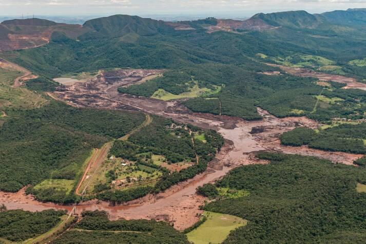 Brasilien Brumadinho Dammbruch Durch den Dammbruch in Brumadinho starben 270 Menschen - Die Sicherheitsmängel waren vorher bekannt |  Bild: © Ibama [CC BY-SA 2.0]  - Wikimedia Commons