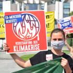 EU-Mercosur-Abkommen stoppen! Protest vor dem Bundeskanzleramt am 29.06.2020 | Bild (Ausschnitt): © Netzwerk Gerechter Welthandel [CC BY 2.0] - flickr