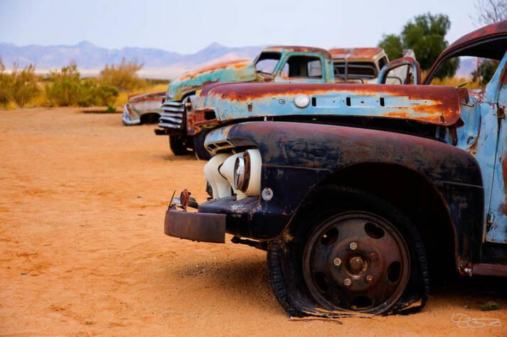 Schrottautos Etwa 7 Millionen Gebrauchtwagen wurden zwischen 2015 und 2018 nach Afrika importiert. Die meisten sind veraltet und extrem umweltschädlich.     Bild: © lukas.b0 [CC BY-NC-SA 2.0]  - flickr