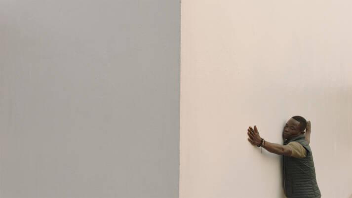 """Eine Geschichte der Selbstermächtigung: """"White Cube"""" Eine Geschichte der Selbstermächtigung: """"White Cube""""    Bild: """"."""" © Pieter van Huystee [DOK.fest]  - DOK.fest München"""